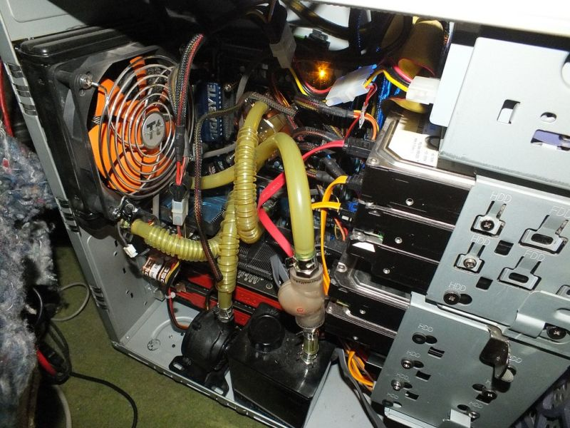 The innards of one of the many gaming PCs that are selling better than ever, according to JPR.