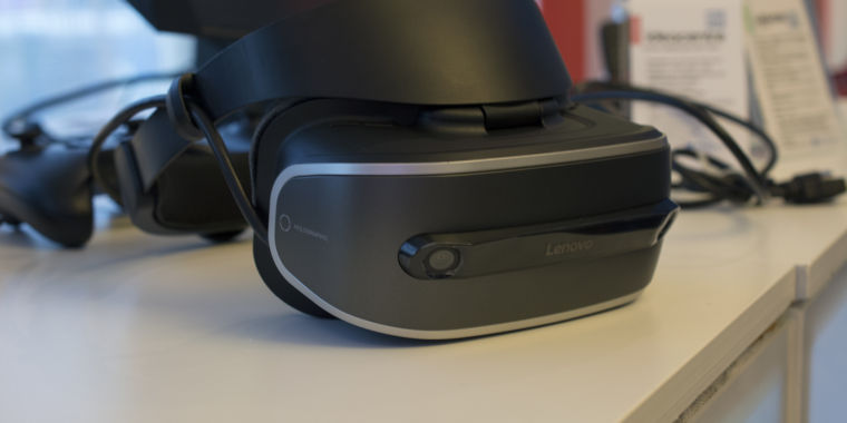 Microsoft to Have Holographic Developer Kits for Cheap VR Headsets at GDC