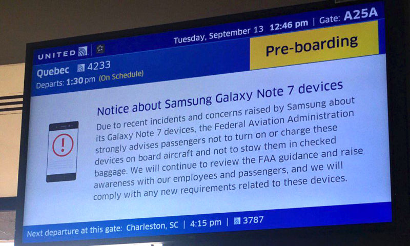 One of the early United Airlines warnings about the Note 7.