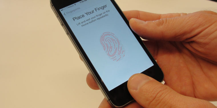 Judge: No, feds can't nab all Apple devices and try everyone's fingerprints