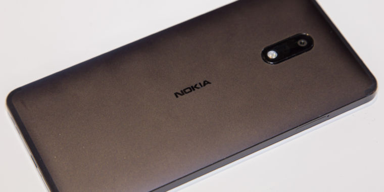 Nokia 6 hands-on: A metal phone with stock Android?! Someone is listening!