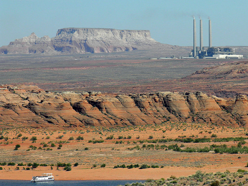 Utilities vote to close largest coal plant in Western US