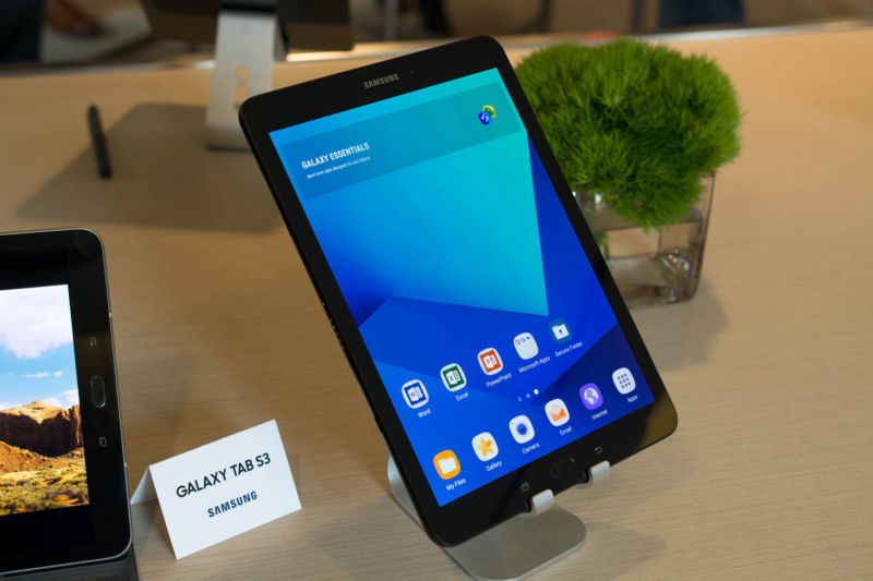 Samsung tackles tablets and two-in-ones with new Tab S3 and Galaxy Book
