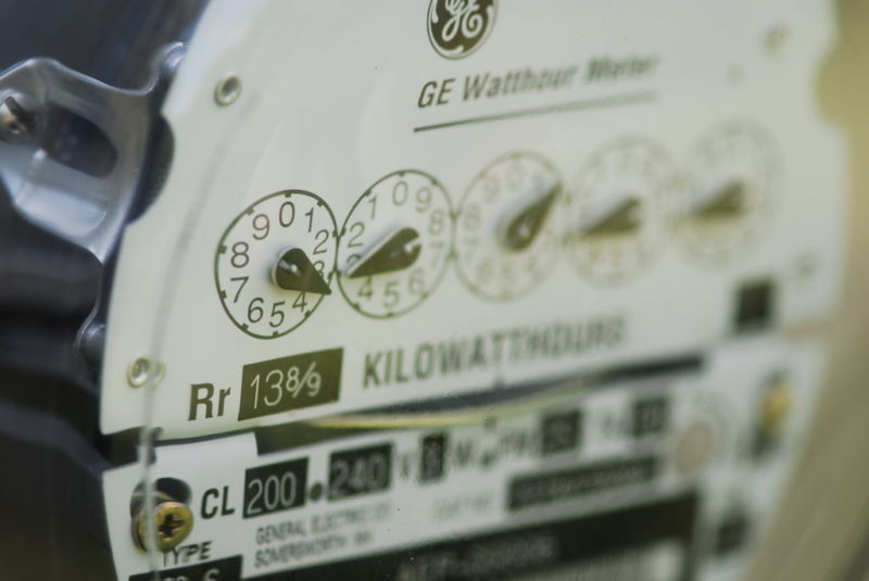 Switching apartment metering shocks electricity freeloaders into conservation