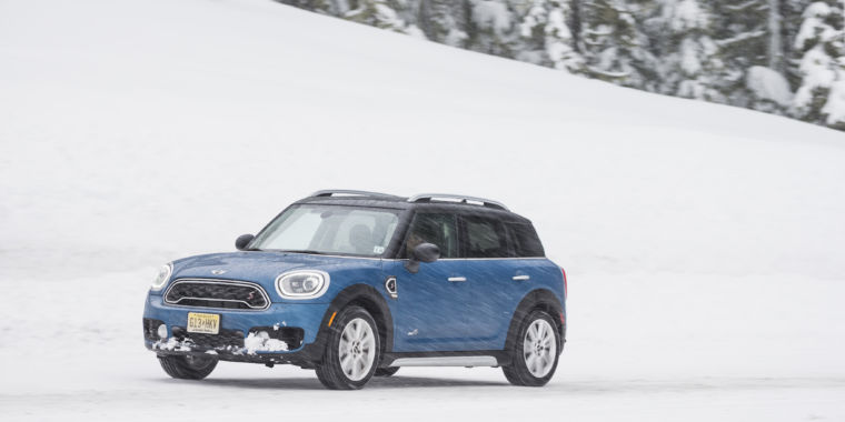 photo image The 2017 Mini Countryman: SUV practicality, car-like driving fun
