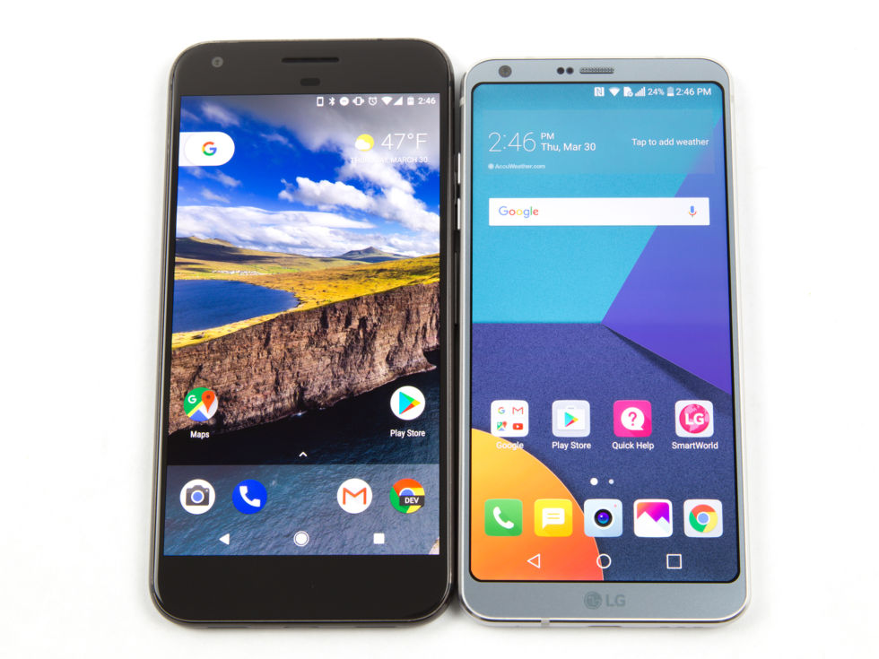 The LG G6 versus the Google Pixel XL. The Pixel's bezels sure look awful next to this slim-line wonder.