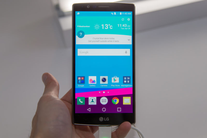 Class-action lawsuit targets LG over legendary G4, V10