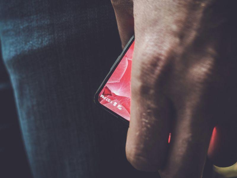 Andy Rubin's new smartphone looks pretty good.