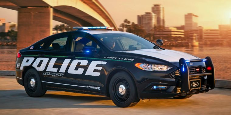 fords police responder hybrid sedan is twice as efficient as the average cop car ars technica