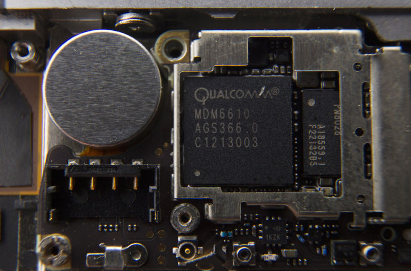 Qualcomm loses legal battle with Blackberry, must pay $815M