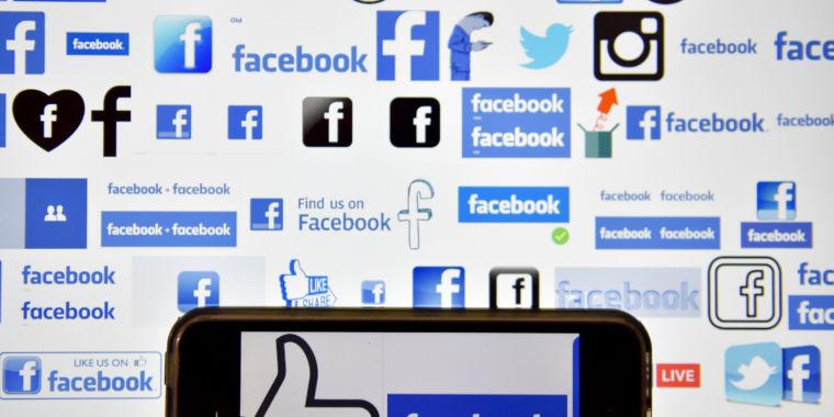 Facebook Sics AI on Terrorist Posts, but Humans Still do the Dirty Work
