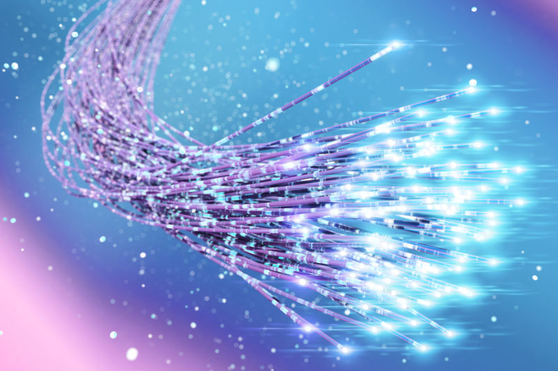 Verizon buying 37 million miles of fiber to boost its wireless network