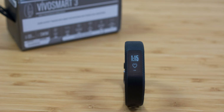 Garmin Vivosmart 3 review: Shots fired at Fitbit, but some don't hit