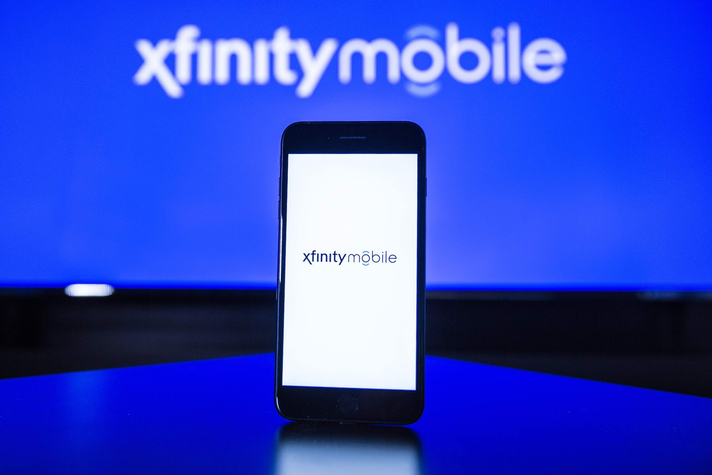 Xfinity mobile app, with information on data usage.