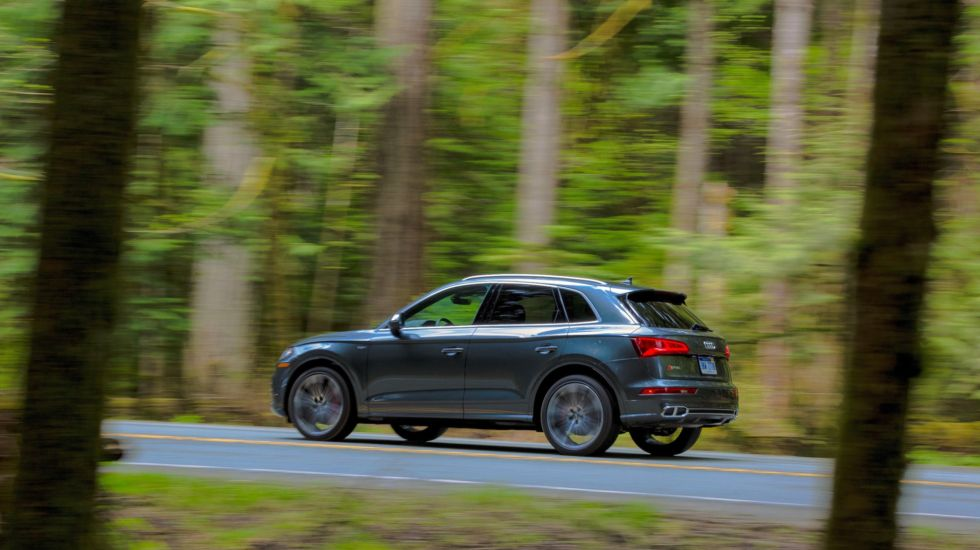 https://cdn.arstechnica.net/wp-content/uploads/2017/05/2018-Audi-SQ5-59-980x550.jpg