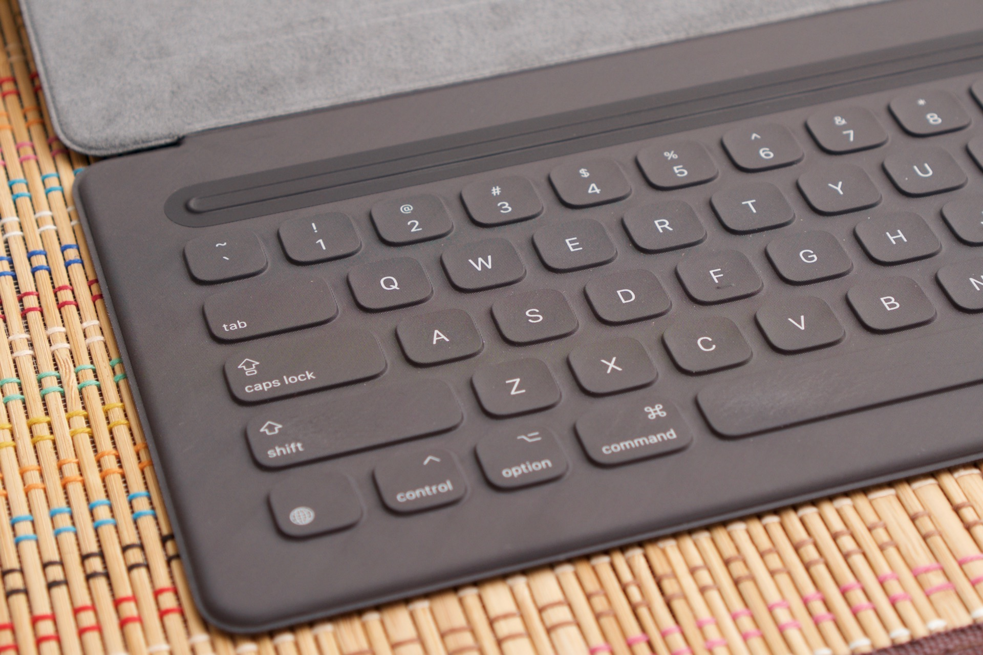 Apple will fix busted iPad Pro Smart Keyboards for up to