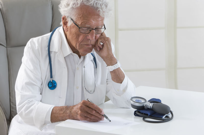 The older the doctor, the higher the patient mortality rate, study finds