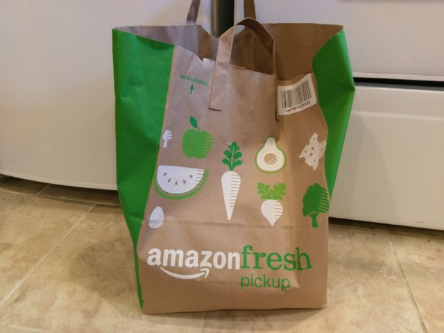 Ars tests out Amazon's first pick-up grocery store in the world