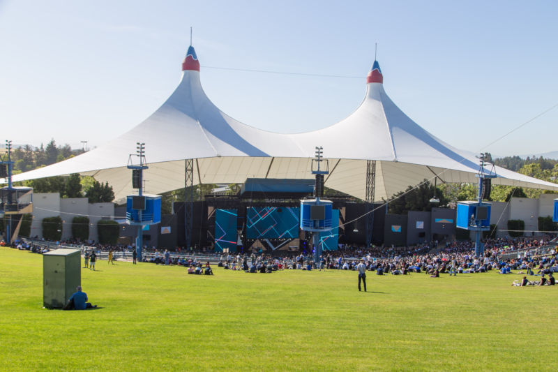 Hexbyte - Tech News - Ars Technica | Shoreline Amphitheatre, as seen at Google I/O 2017.