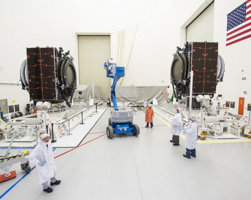 """The """"high bay"""" at Boeing's Satellite Development Center in El Segundo, California. A Boeing employee sold documents from the plant to an FBI undercover agent posing as a Russian intelligence agent."""