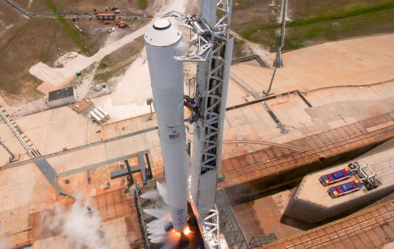 The static fire test of the Falcon 9 rocket launching an Inmarsat satellite was completed on Thursday.