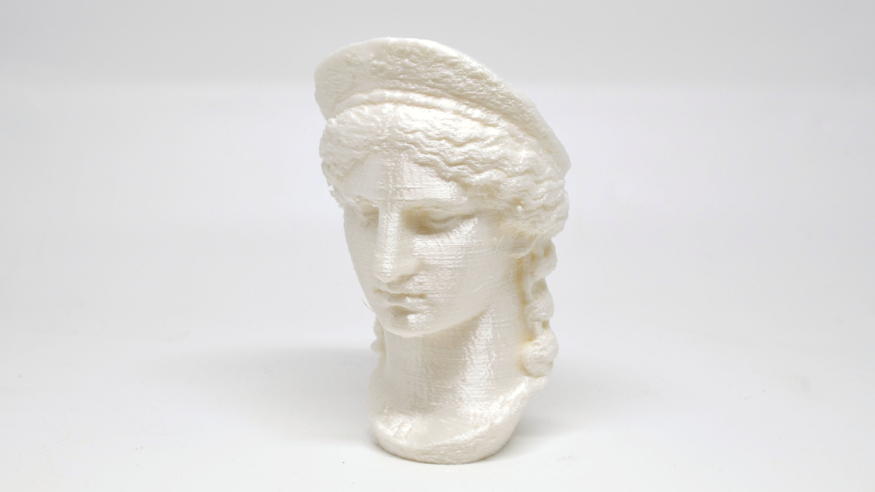 """The Juno Ludovisi from the """"Scan the world"""" project printed in PLA on a MOD-t."""