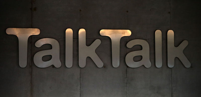 Customers of the telecommunications and Internet provider TalkTalk are among those who have been targeted in a Windows support scam operation in the UK. London Police announced the arrest of four suspected of involvement with the ring today.