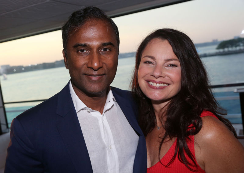 Shiva Ayyadurai and his then-wife Fran Drescher, seen here in 2016.