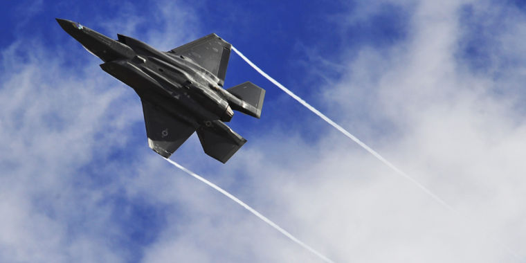 Air Force clears F-35 to fly again—with caveats—after hypoxia scares