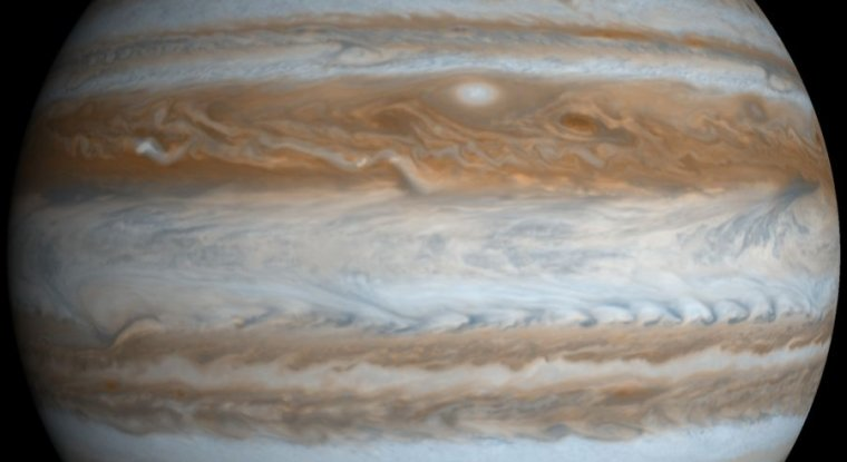 New study suggests Jupiter's formation divided Solar System in two