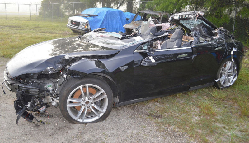 25 års rim Tesla Model S warned driver in fatal crash to put hands on  25 års rim