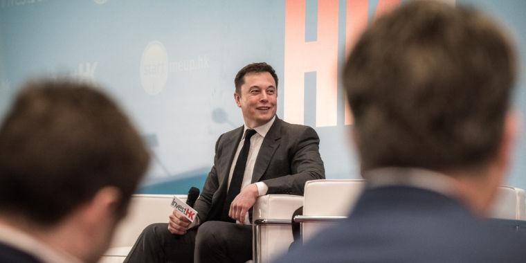 Short Seller Sues Tesla, Elon Musk, Claiming Buyout Tweets were Fraudulent