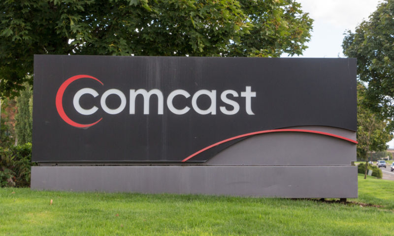 "Comcast says net neutrality supporters ""create hysteria"""