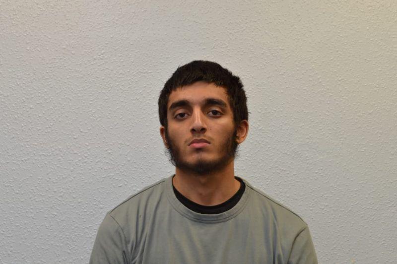 Spooks acted as jihadist online to catch Elton John bomb plotter