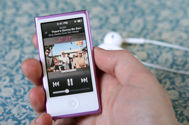 Apple discontinues iPod Nano and Shuffle, updates iPod Touch models
