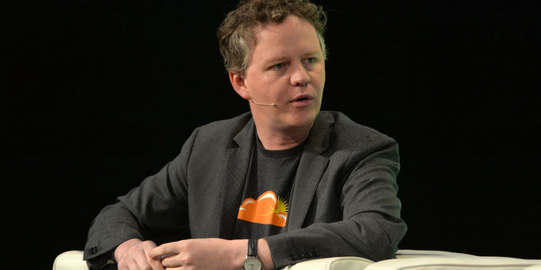 """photo image """"Troll"""" loses Cloudflare lawsuit, has weaponized patent invalidated"""