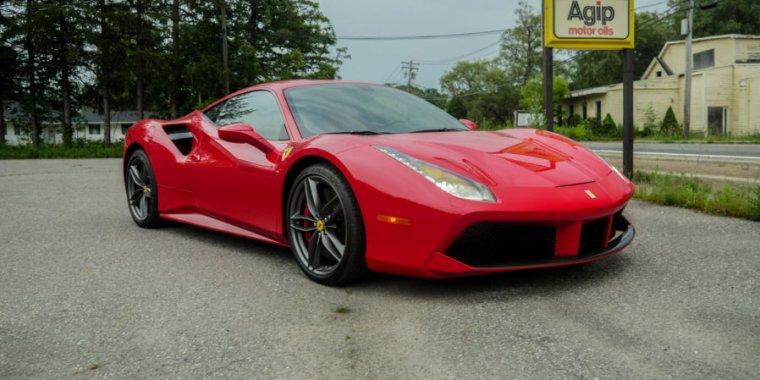 photo image Road tripping in a Ferrari 488 GTB: Worth the wait