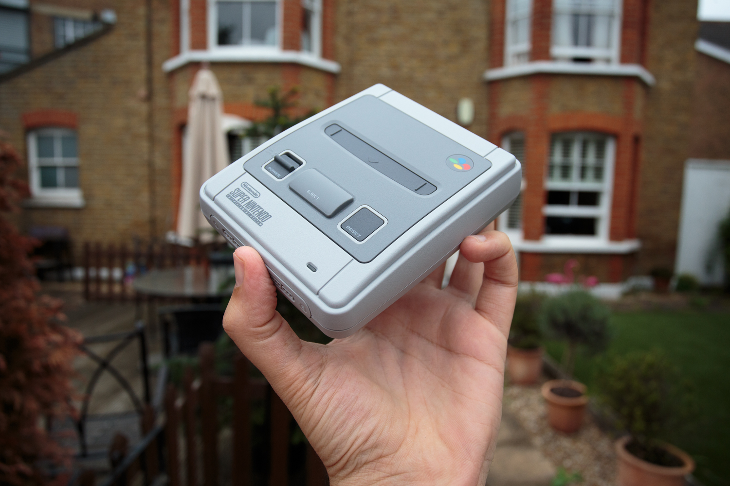 SNES Classic Mini: Quick preview by someone who has never barrel