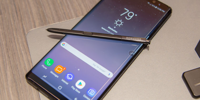 Hands-on with the Galaxy Note8: Haven't we seen this before?