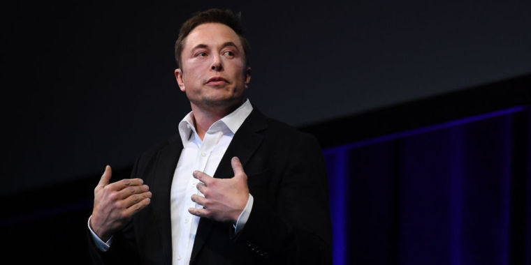 "Musk: New Tesla Summon Feature will ""follow You like a Pet"""