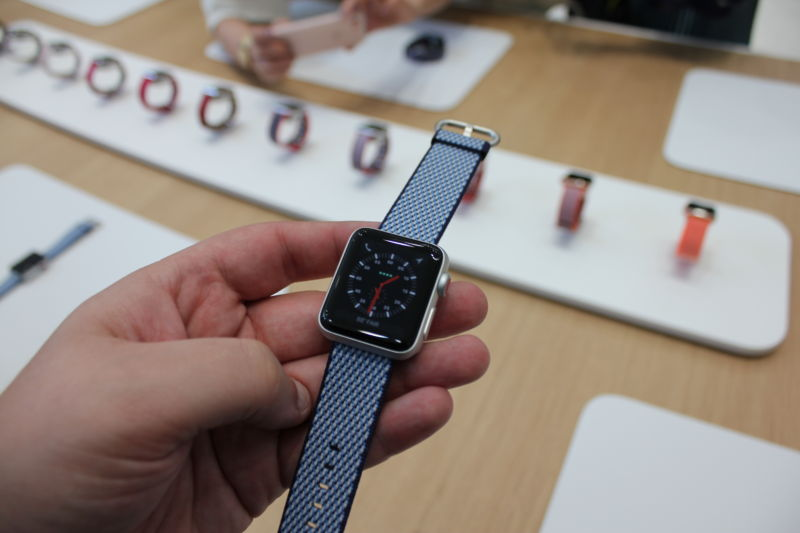 LTE Apple Watch Has Problems, And We're Just Finding Out