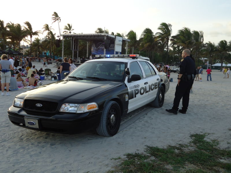 Miami Beach: home of beautiful beaches and thin-skinned police officers.