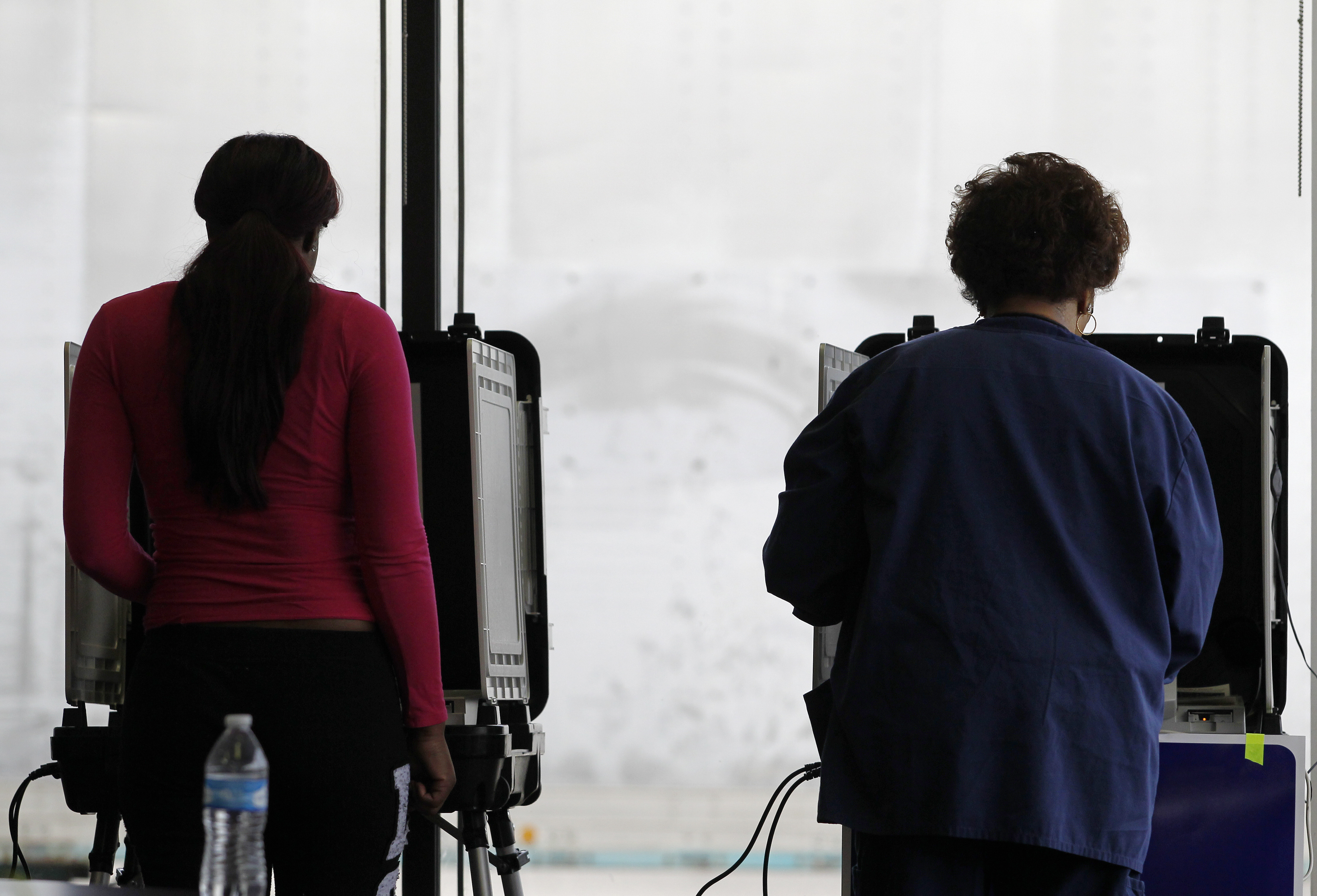 New bill could finally get rid of paperless voting machines | Ars