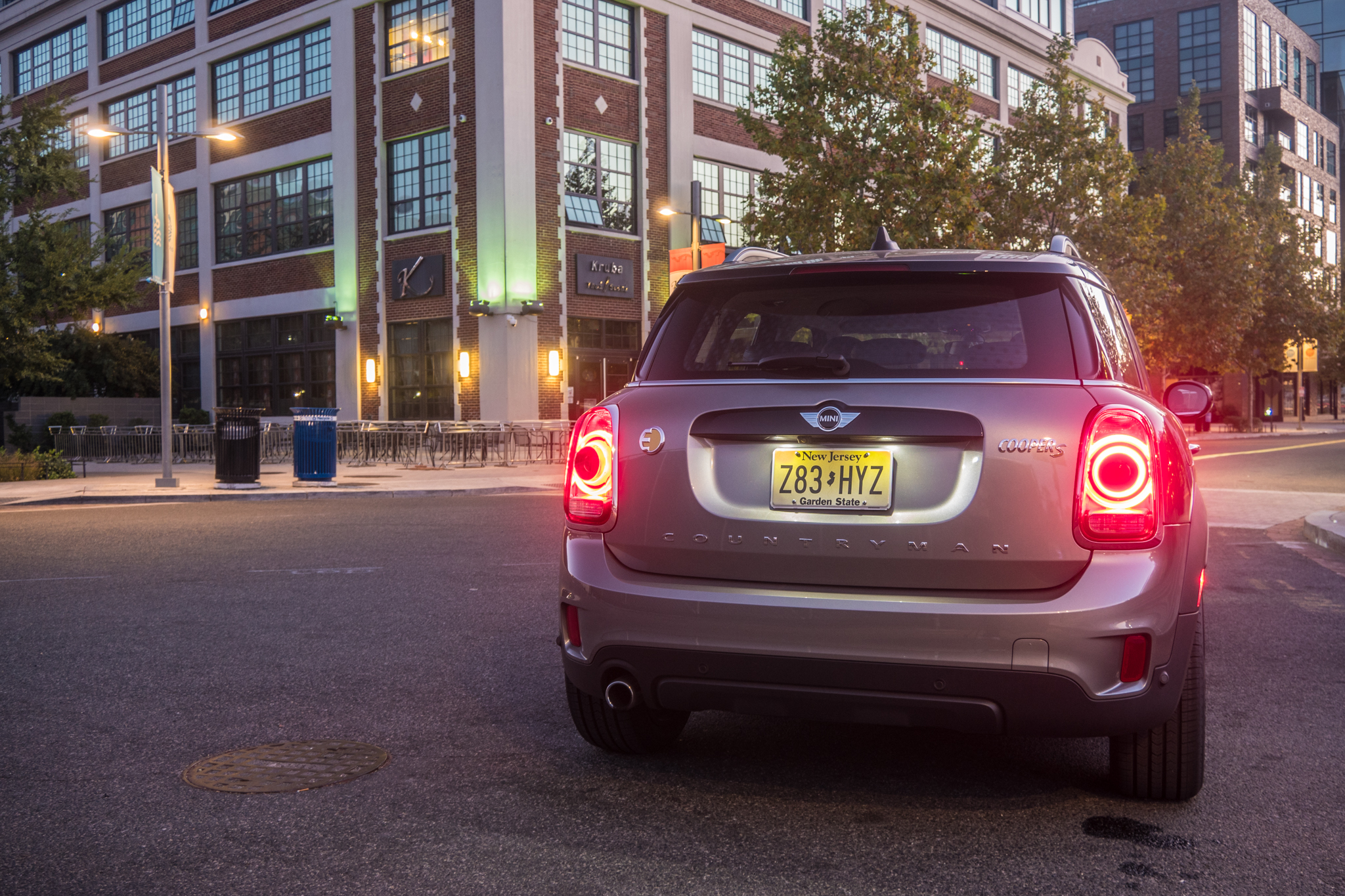 Mini's new Countryman hybrid is hobbled by too-small a