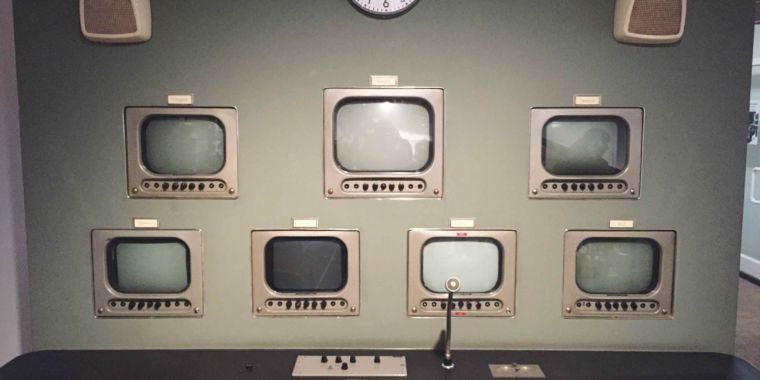 Local TV and radio stations no longer required to have local studios