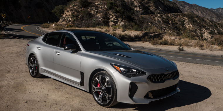 The Internet's favorite car of 2018 is the Kia Stinger GT