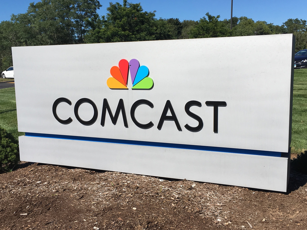 Comcast Quote Comcast Deleted Net Neutrality Pledge The Same Day Fcc Announced