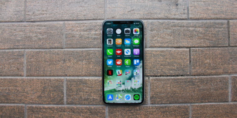 Apple's iOS 11.1.2 fixes the cold weather input bug on the iPhone X
