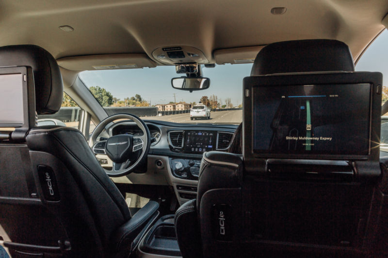 Self-Driving Cars With No Human Backups in Testing on Arizona Roads
