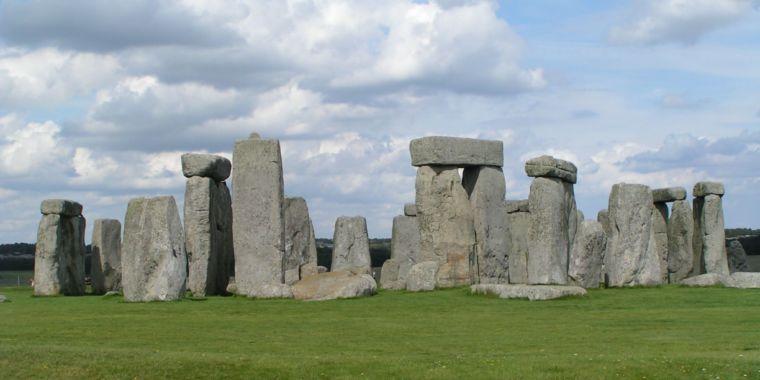 Archaeologists find the source of Stonehenge sarsen stones